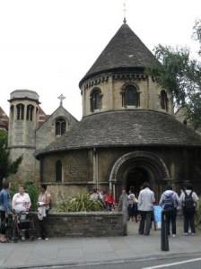 Кембридж достопримечательности Круглая церковь 10 век
